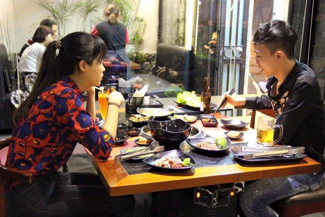 Buffet ngon ở Hà Nội: 6 địa chỉ tầm giá 300k/người bạn nên thử trong dịp đầu năm
