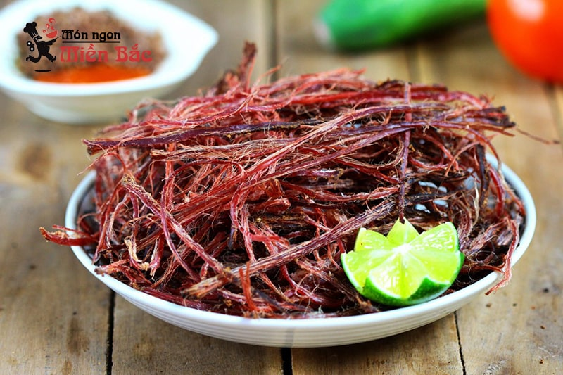 Thịt trâu gác bếp Điện Biên mang về làm quà