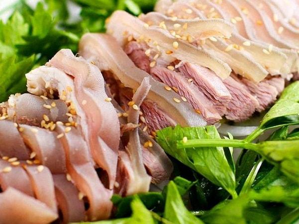 Hai món ngon nổi tiếng Điện Biên được chế biến từ thịt lợn
