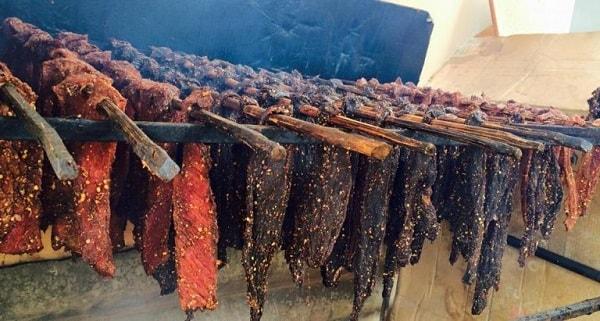 Thịt trâu gác bếp Sapa được chế biến như thế nào?