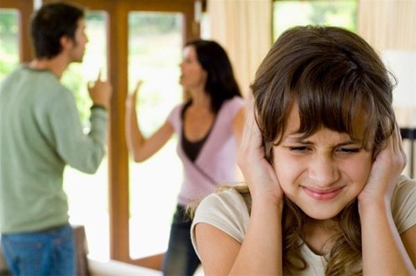 Nguyên nhân và biểu hiện của bệnh trầm cảm ở trẻ em 1