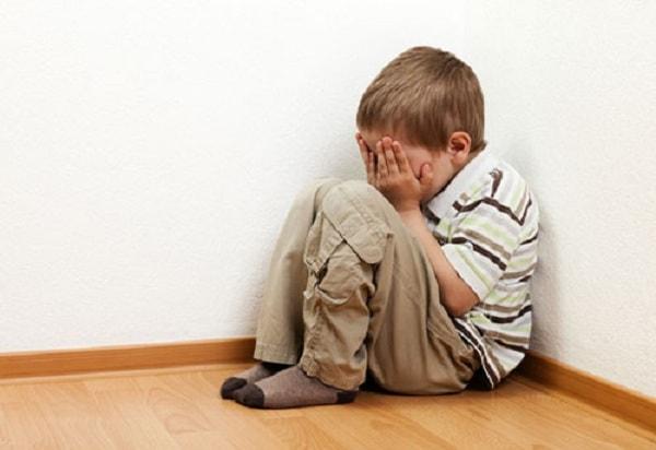 Nguyên nhân và biểu hiện của bệnh trầm cảm ở trẻ em 2