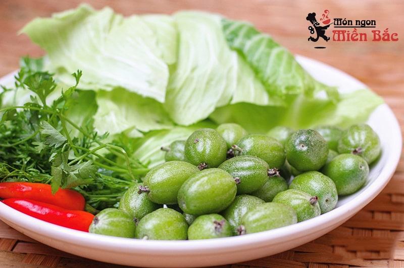 Bắp cải cuốn nhót xanh là món ăn đặc trưng ở Điện Biên