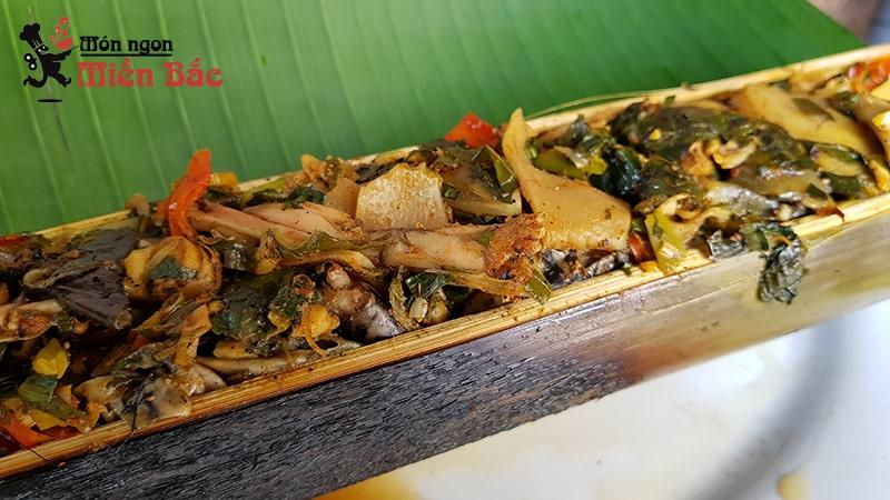 Lam nhọ là món ăn độc đáo của người Thái ở Điện Biên