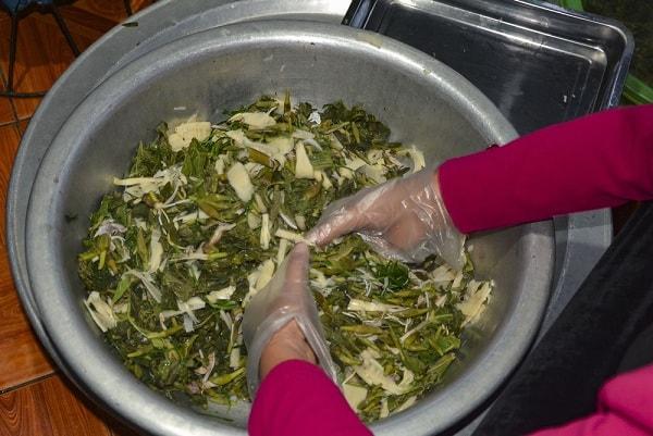 Những món ăn ngon làm từ rau hoa ban Điện Biên 2