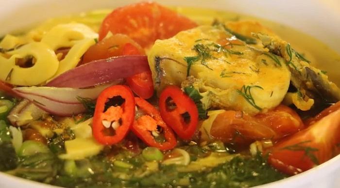 Món cá tầm nấu canh chua thơm ngon lạ miện