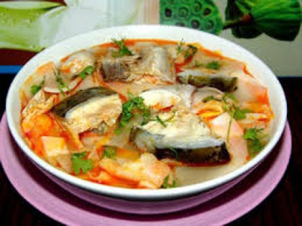 cá tầm nấu canh chua 1