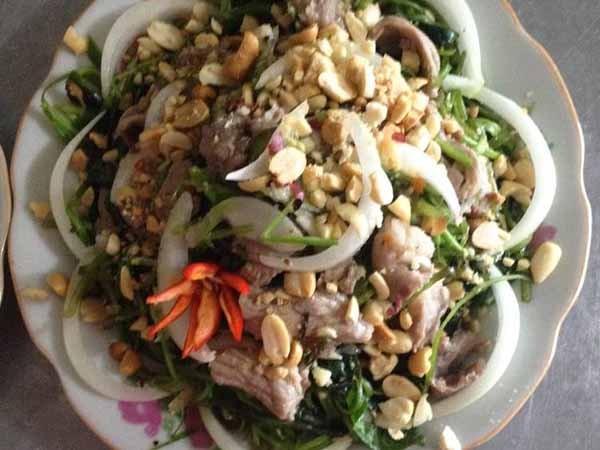 cách làm nộm rau muống thịt bò 1