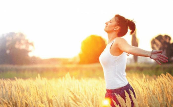 Hãy biết cách vận dụng vitamin D trong nắng sớm