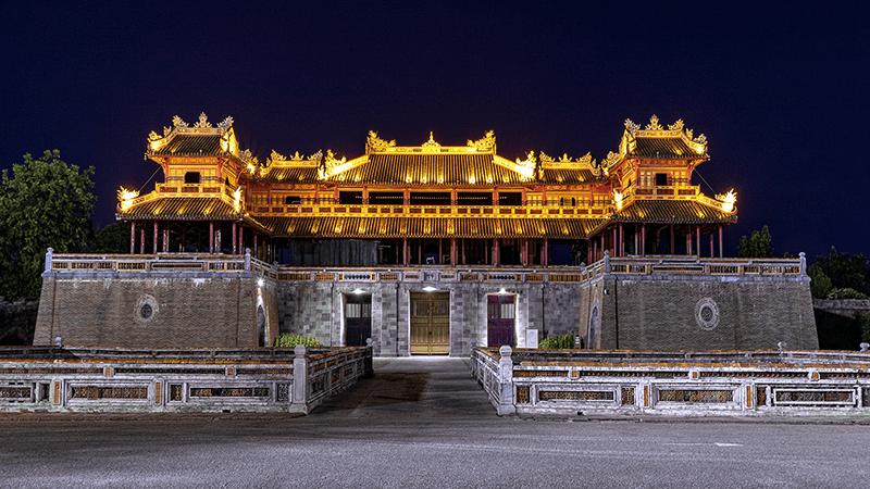 Cửa Ngọ Môn - biểu tượng của kinh thành Huế